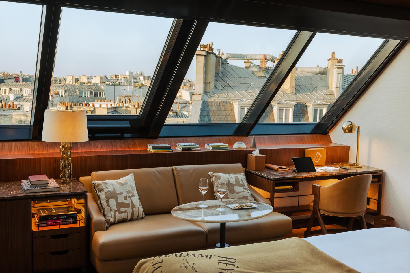 deluxe-vue-paris-atelier-hotel-madame-reve-1