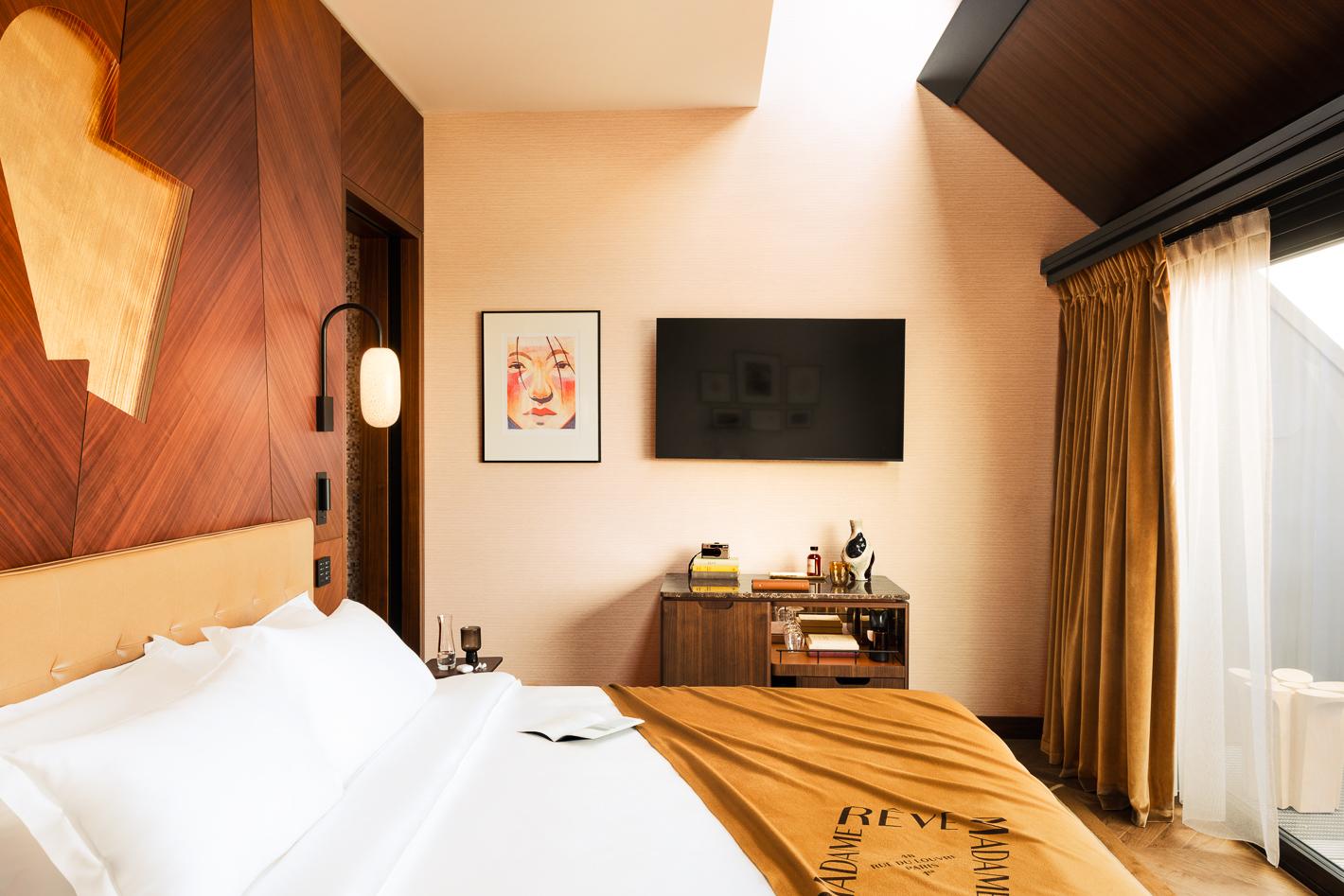 deluxe-vue-paris-terrasse-hotel-madame-reve-1